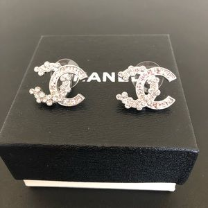 Authentic Chanel floral rhinestone earring